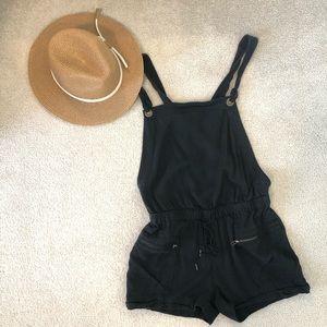 Plenty MONK & LOU black short overalls